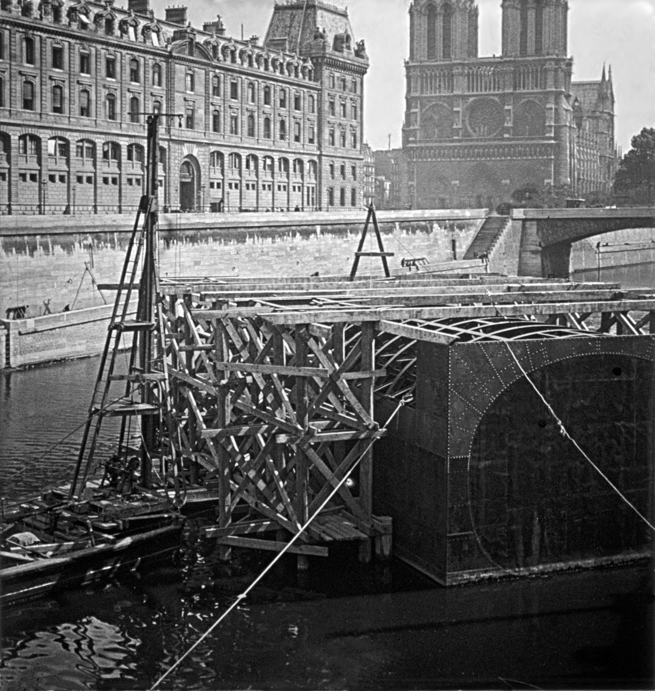instal•lació del túnel del metro de París