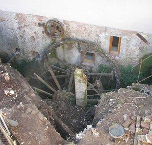 estat original de la roda hidràulica