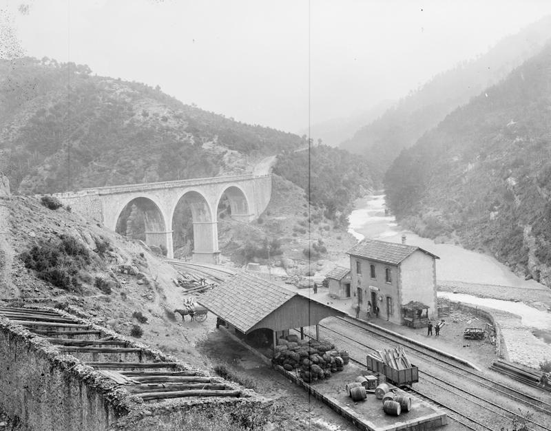 Estació de Cercs i pont de Miralles