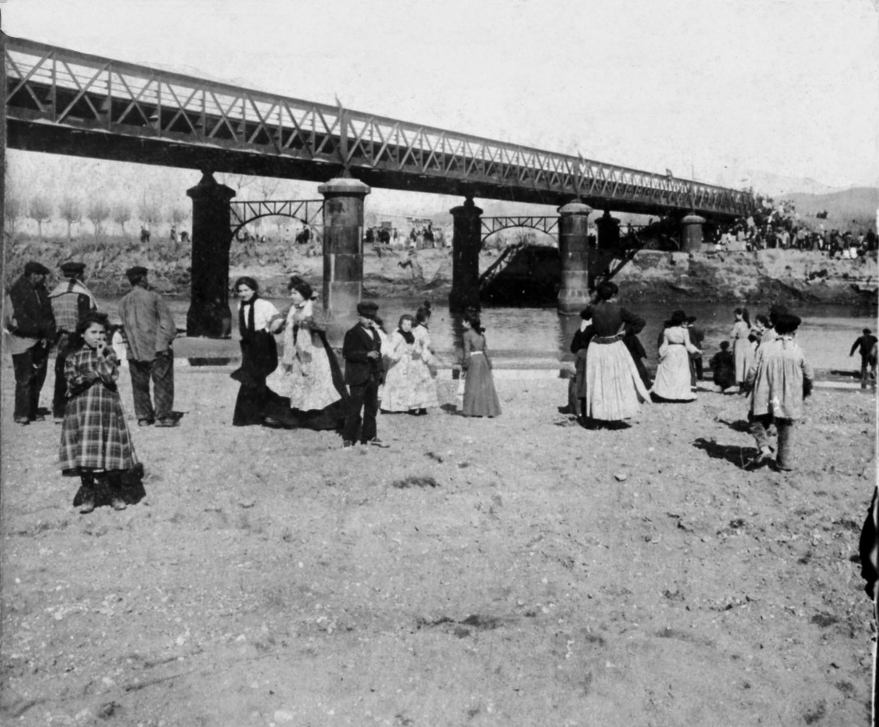 Imatge del Pont Nou de Sant Boi de Llobregat, 1904