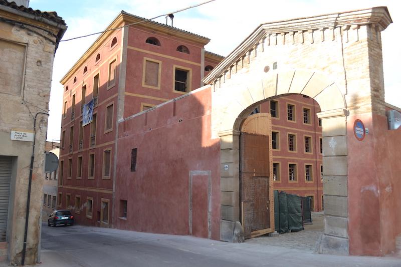 Entrada principal de la Igualadina Cotonera